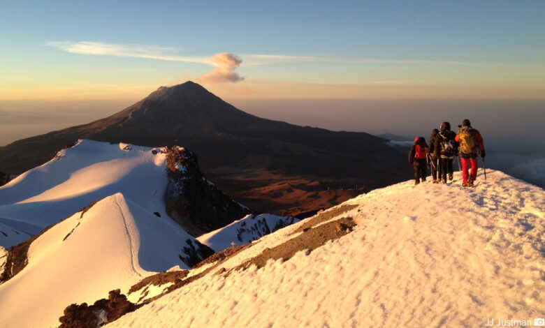 Volcano Hiking Tour From Mexico