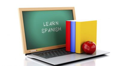 Photo of Learn Spanish online compared to conventional classroom sessions